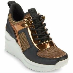 DKNY Wedge Black Gold metallic Leo Sneaker 8